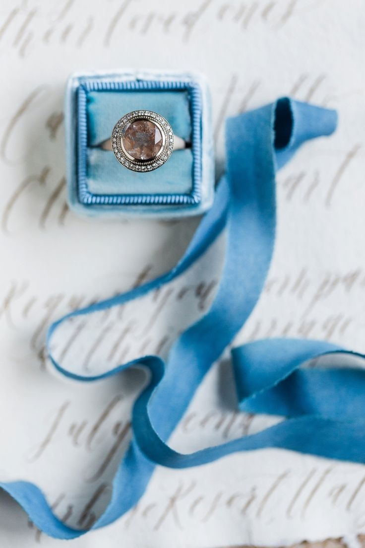 Vintage circle-cut engagement ring: Photography: Kibogo Photography - kibogophot...