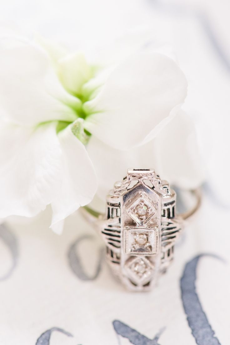 Vintage engagement ring. Photography : Lance Nicoll Wedding Photography Read Mor...