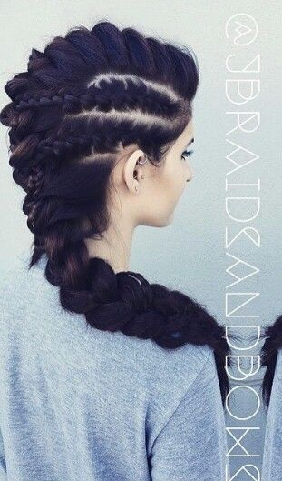 Cute oversized braided Mohawk hairstyle @jbraidsandbows...