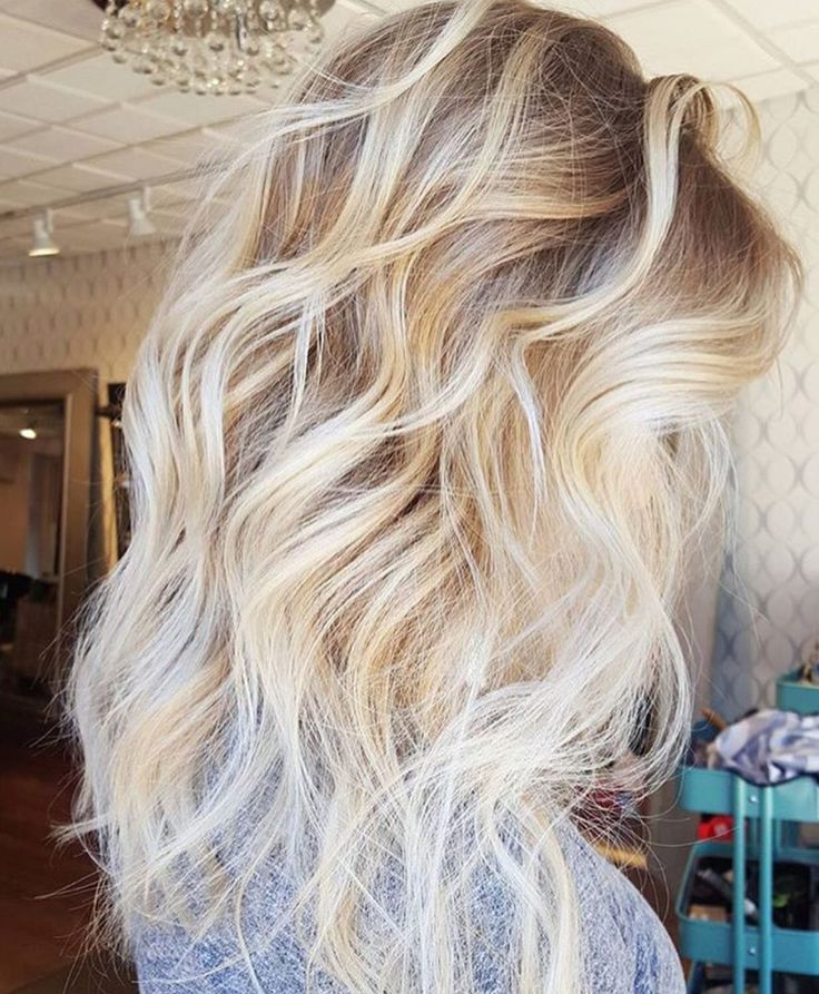 """Full foil with dark blonde roots and platinum ends-- stunning """"ice blonde&q..."""
