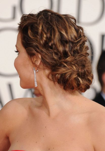 Jennifer Lawrence's golden globes (2013) low, loose bun. Created by Dove sty...