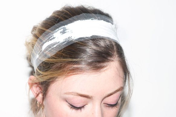 Love this DIY paint-finished tulle headband as seen on Into the Gloss. Click on ...