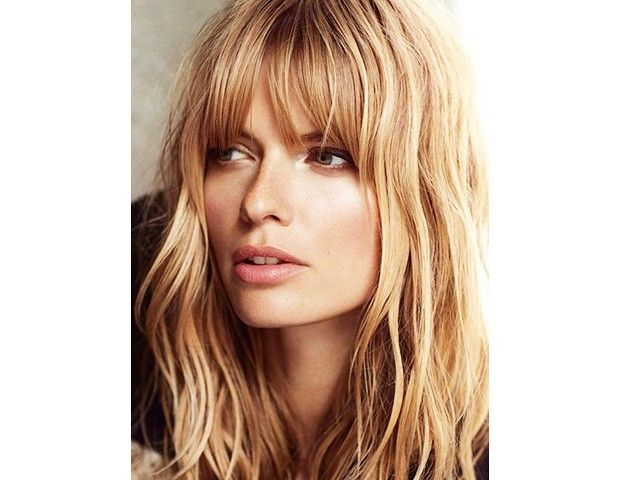 Makes me want to have bangs again....