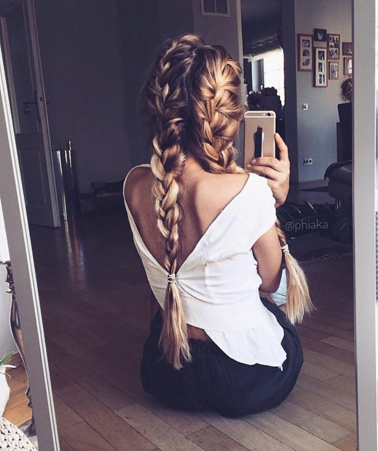 Pleasantry Top | #SaboSkirt  That low back to compliment your perfect braids! li...