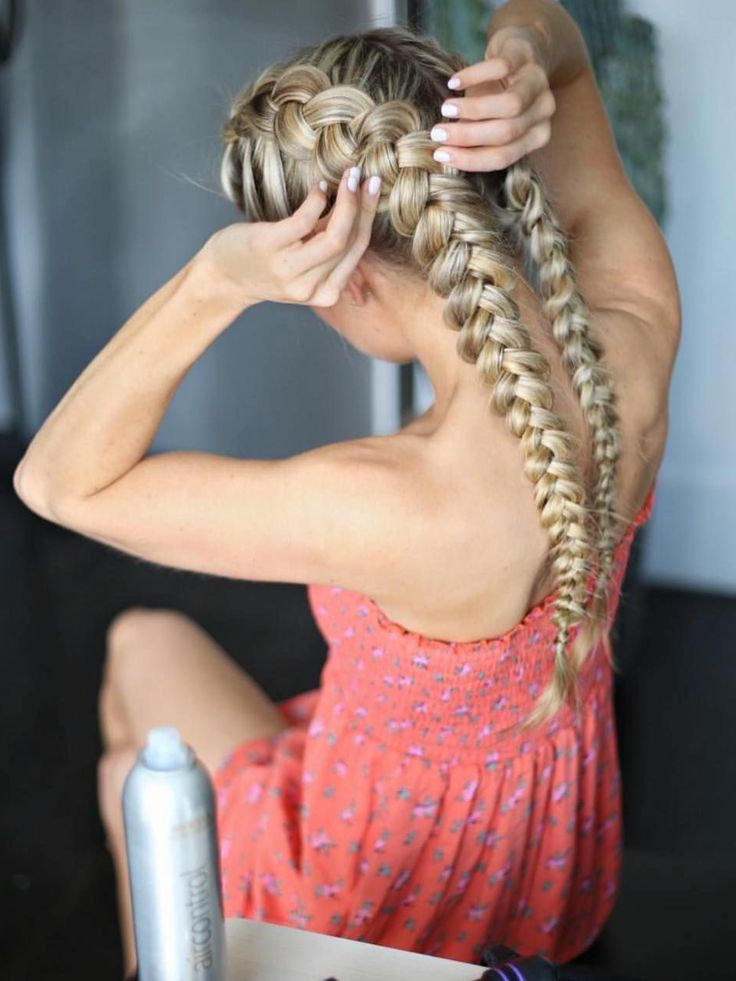 """Yup - TORY (Tory ) on Instagram: """"Braids on braids  Perfect for a summer hairs..."""