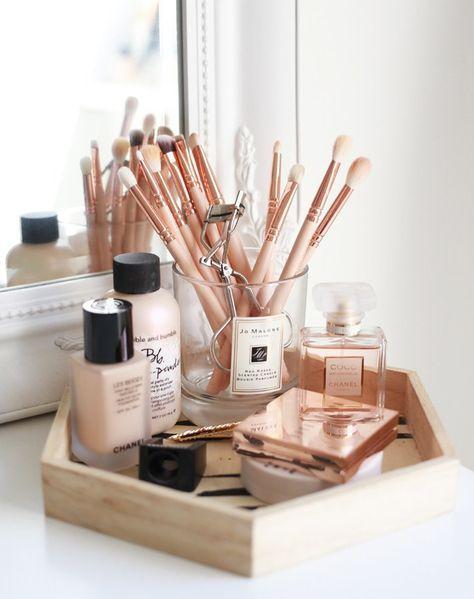 17 gorgeous makeup storage ideas | beauty | vanity organization ideas | wooden t...