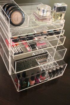 Acrylic 5 Drawer LUX Makeup Box with 4 inserts and top tray