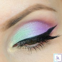 Check out our favorite Unicorn inspired makeup look. Embrace your cosmetic addit...