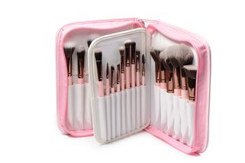 Love love love Luxie brushes. I need a set something fierce!!