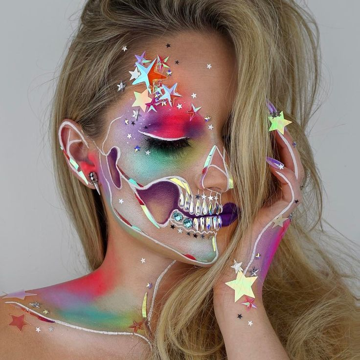 Makeup artist and wig maker, Vanessa Davis, posts amazing skeleton cosmetic crea...