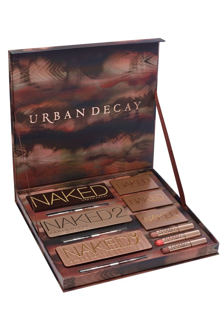 On my wish list this year, its such a well rounded and beautiful gift set ♡♥...