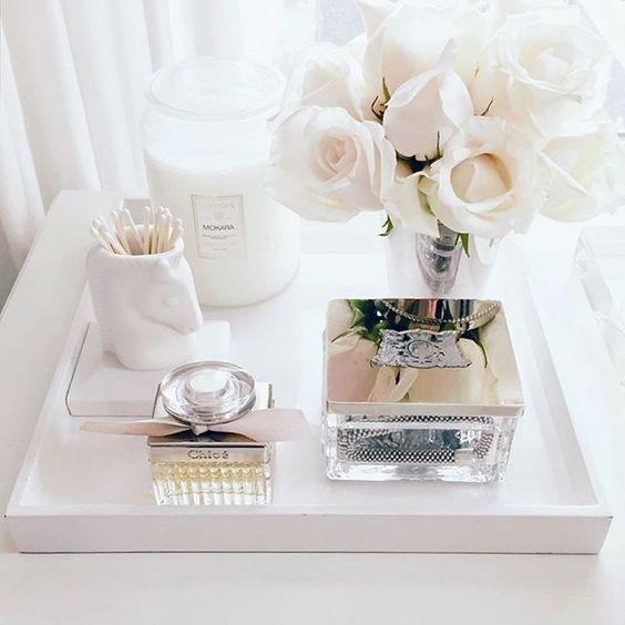 white roses // Dressing Table Decorating Ideas // Vanity Table // Makeup Organiz...
