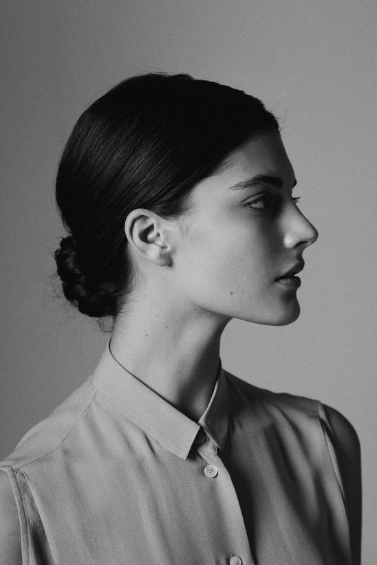 Katryn Kruger by Ulrica Knotsdotter