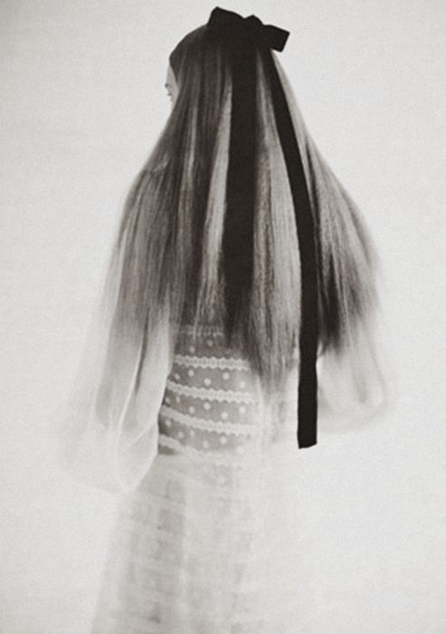 this might be Alice ;-) ...// Snejana Onopka in W Magazine December 2005 by Paol...
