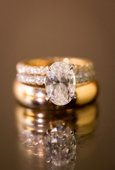 Jaw-dropping engagement rings inspired by Mariah Carey's rock: www.stylemepretty...