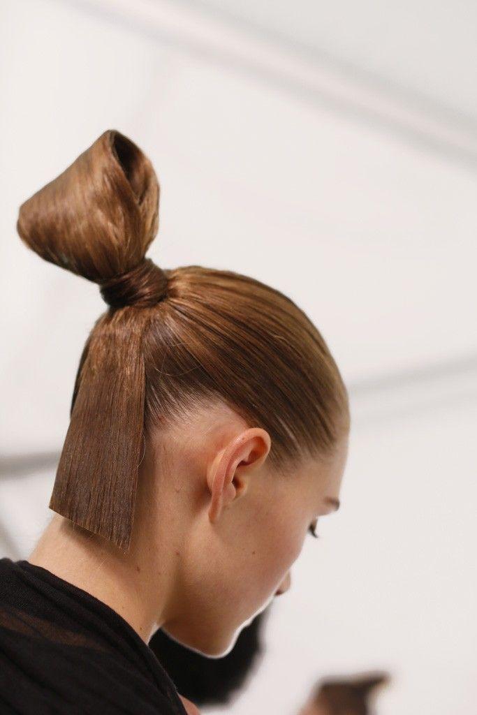 Backstage Beauty at Carolina Herrera - Slideshow - Runway, Fashion Week, Fashion...