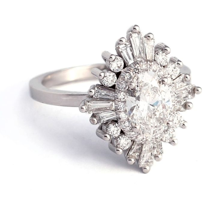 Heidi Gibson The Oval Gatsby Ring www.stylemepretty...