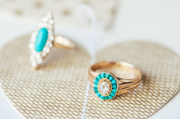 Pocahontas' fairytale engagement ring: www.stylemepretty...
