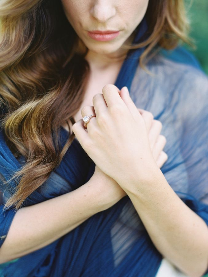 Pretty solitaire engagement ring:  www.stylemepretty... | Photography:D'Arcy Ben...