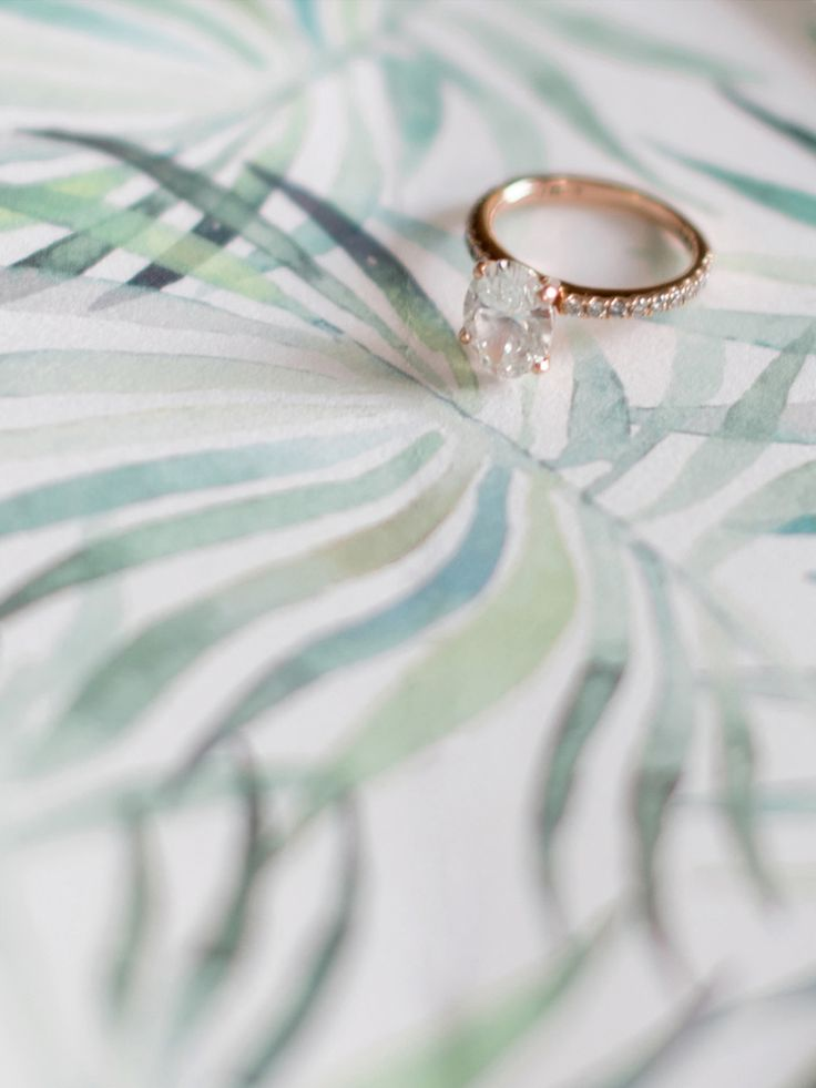 Rose gold oval cut engagement ring: Photography : Julie Cate Read More on SMP: w...