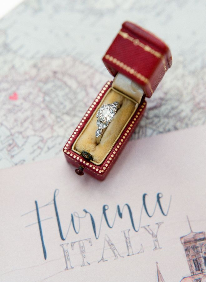 Vintage-inspired engagement ring: www.stylemepretty... | Photography: Sophie Ept...