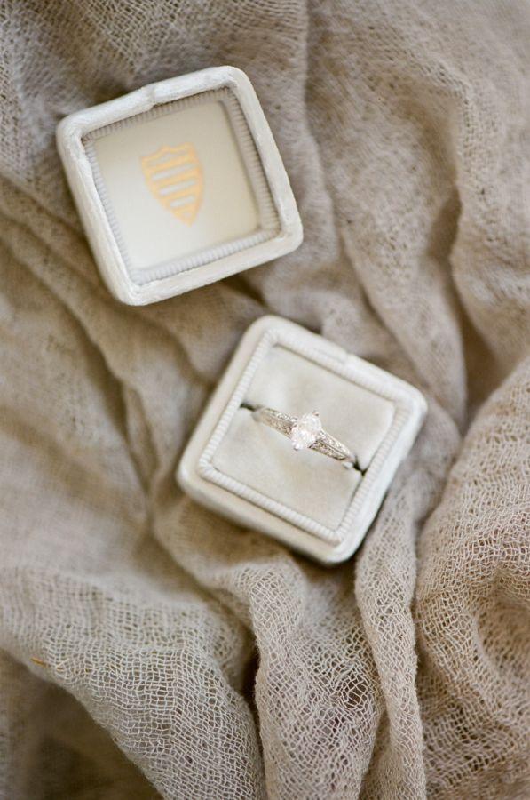 Vintage oval cut engagement ring: www.stylemepretty... | Photography: Tamara Gru...