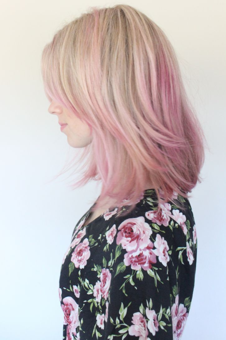 Brooke White's Pink Hair. How to achieve this look on Thegirlswithglass...