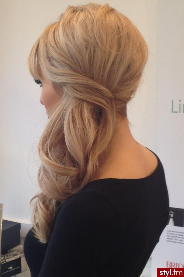 Side hairstyle #wedding hair