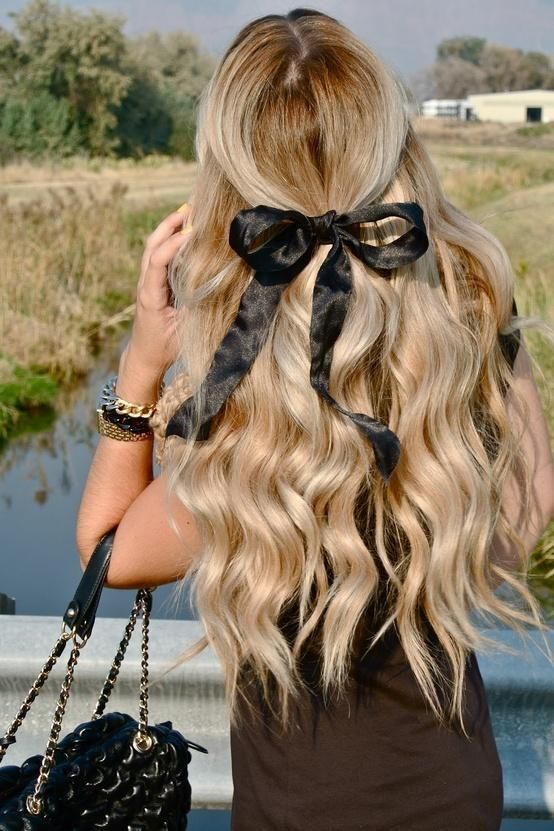 Waves with a Bow.