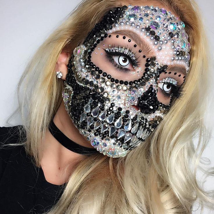 6 Glam AF Halloween Makeup Looks to Make Your Costume Hella Sexy Halloween is m ...
