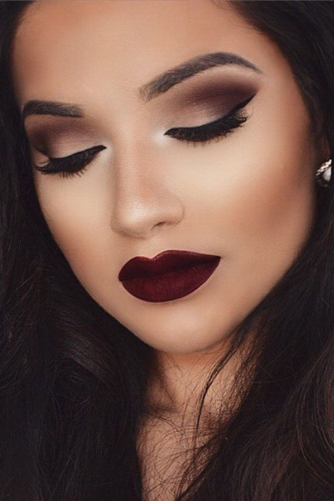 We've collected 27 photos with homecoming makeup ideas. ★ See more: glaminat...