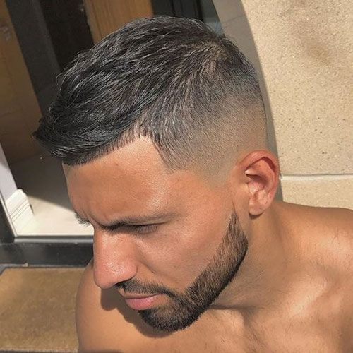 It's time to look at the best haircuts for men in 2018. A new year is a great ...