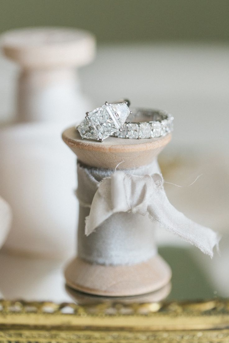Find the perfect wedding band to match your engagement ring: www.stylemepretty.....