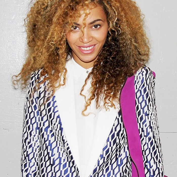 Best Hairstyles For 2017 2018 Beyonces Natural Curls Flashmode