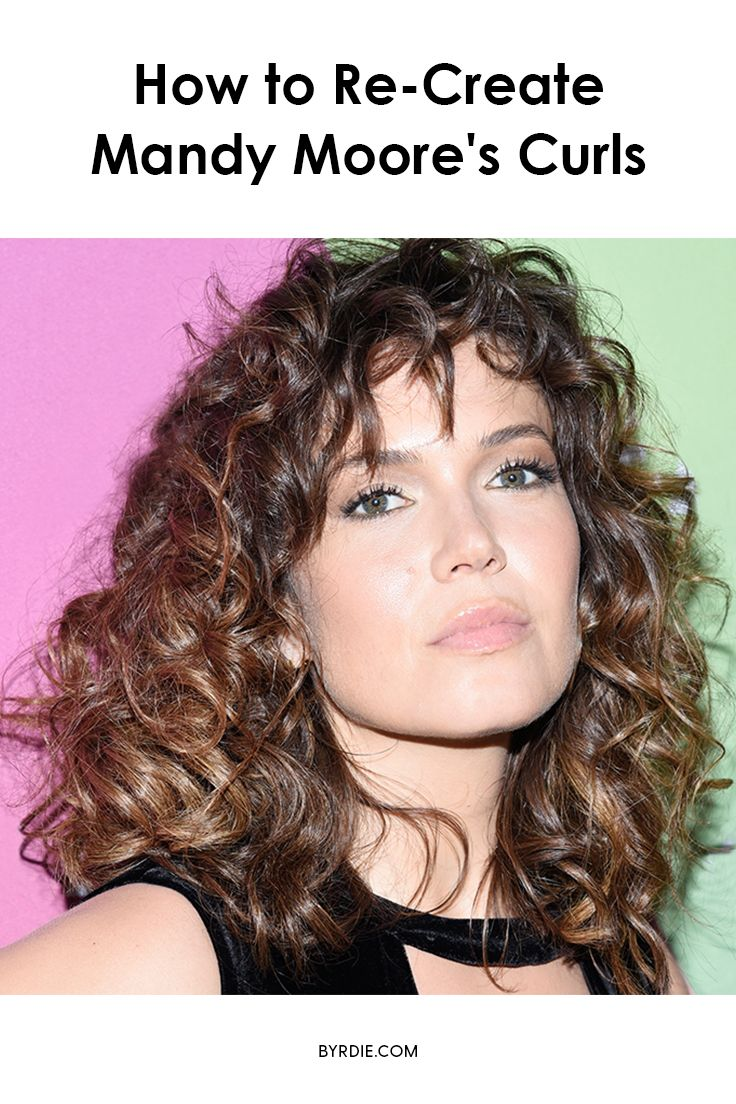 How to re-create Mandy Moore's '70s curls