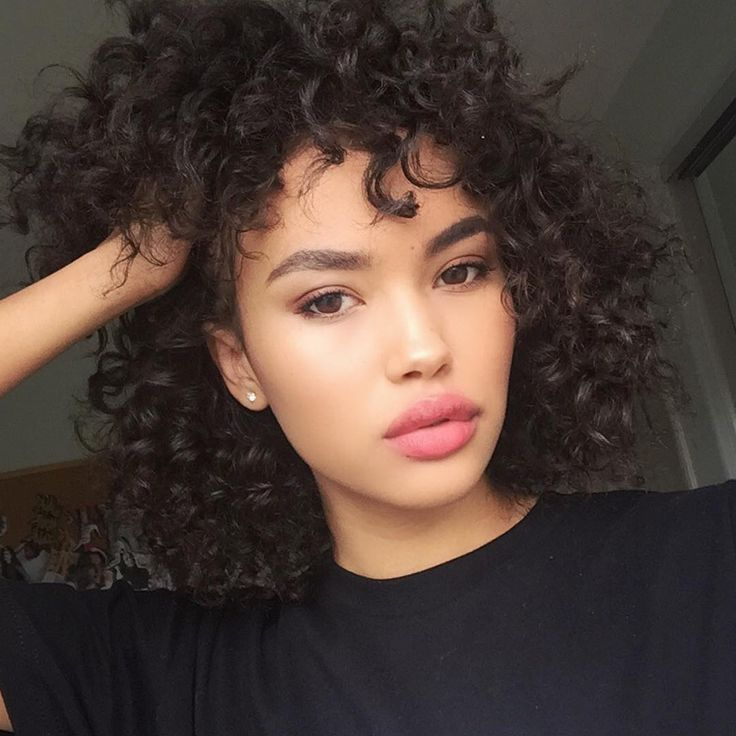 Let your curls go natural for extra volume on short hair