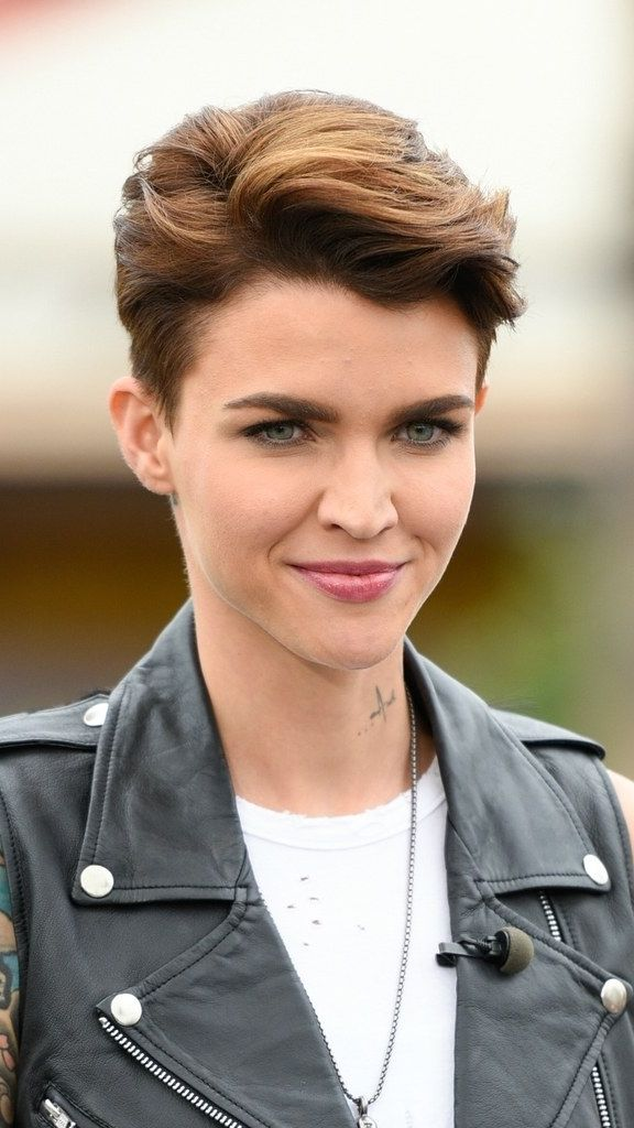 Ruby Rose's volumized pixie cut is so stunning