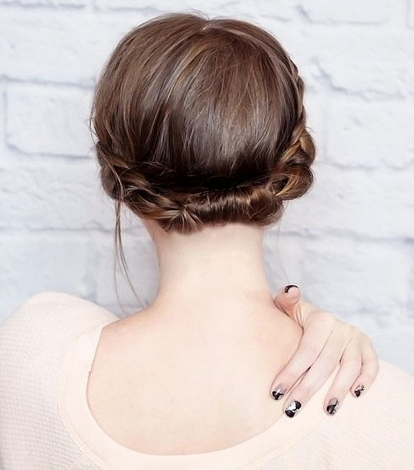 The rolled updo