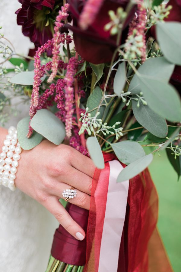 Burgundy bouquet and a vintage inspired-ring: www.stylemepretty... | Photography...