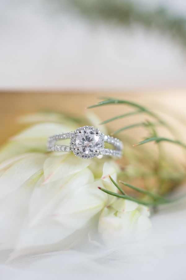 Just look at that sparkle! www.stylemepretty... | Photography: Leah Dorr - www.l...