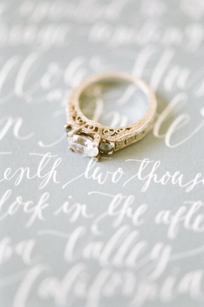 Remove your #engagementring when cleaning and doing housework: www.stylemepretty...
