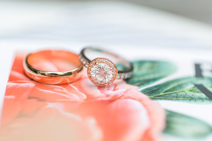 Stunning engagement rings: www.stylemepretty... | Photography: Troy Grover - blo...