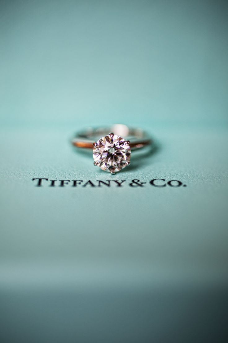 Tiffany blue wedding details to swoon over: www.stylemepretty...