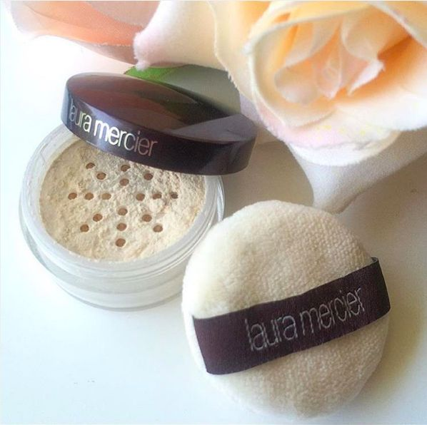 . Laura Mercier Translucent Loose Setting Powder is blendable over any skin tone...