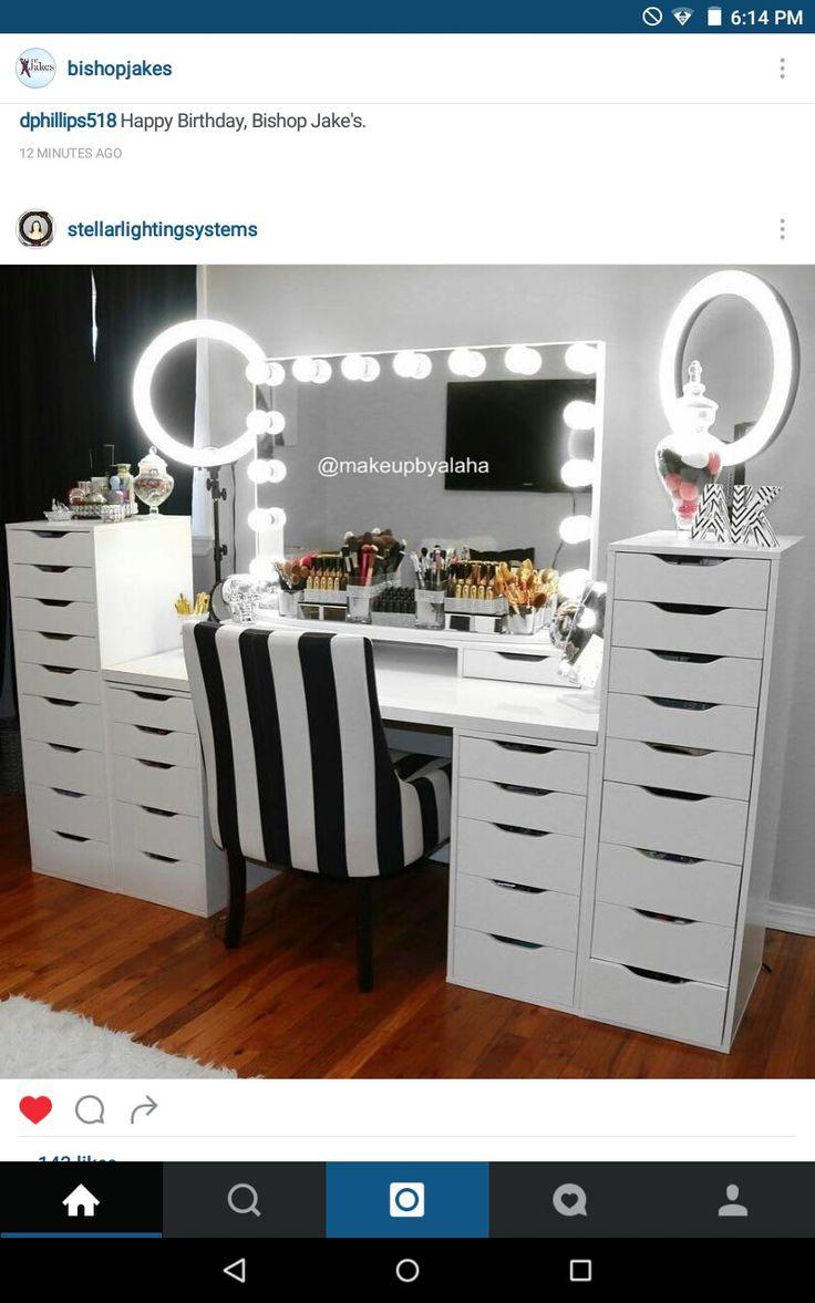 Makeup Room                                                                     ...