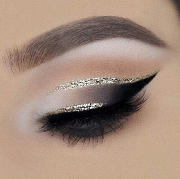 On eyelids are mainly placed slightly different shadows. When inserting the shad...