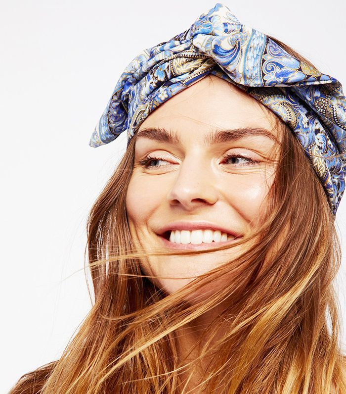 Looking for the best hair accessories for Coachella? Click here for the festival...