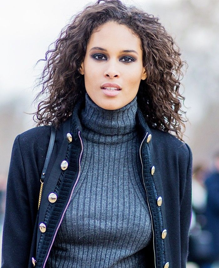 Want to have chic, effortless (and we mean effortless) French-girl hair? Look no...