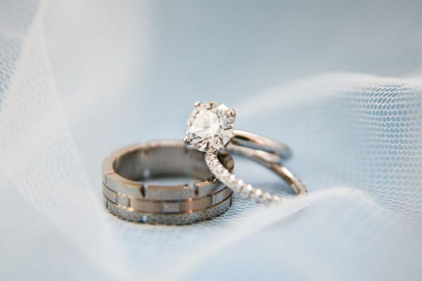 A little sparkle never hurt anyone! www.stylemepretty... | Photography: Samuel L...