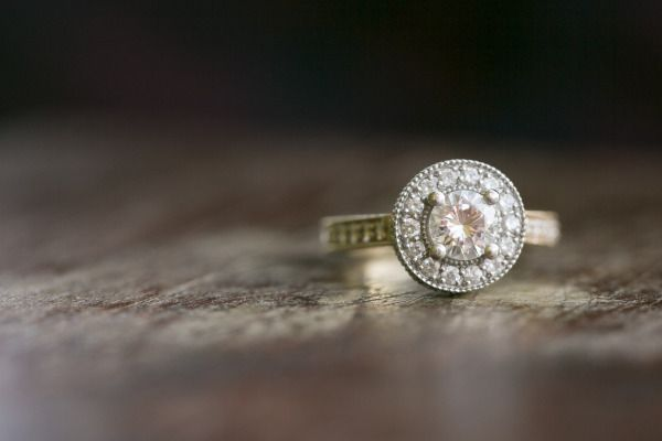 Engagement bling: www.stylemepretty... | Photography: Eva Derrick - evaderrick.c...